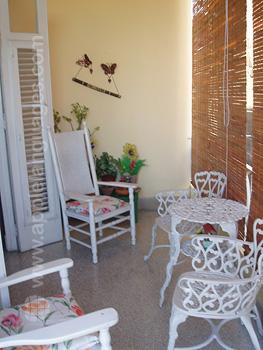 Interior del alojamiento con familia de acogida