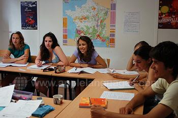 Clases de francés en nuestra escuela