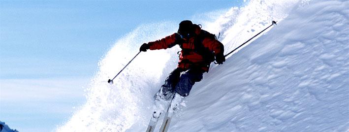 Esquiando en Kitzbühel