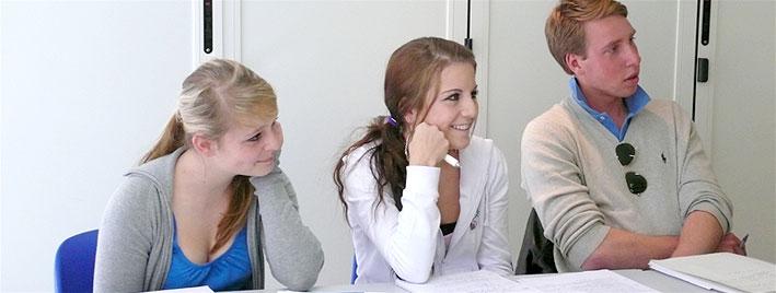 Preparación de examén en Niza